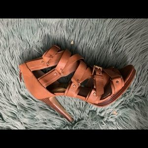 High hell straps sandals